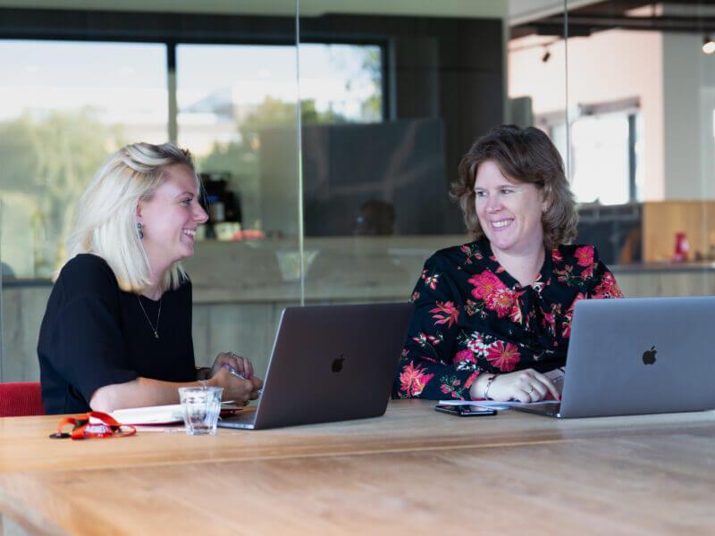 Blog | Brainstormen, een strategisch overleg en het optimaliseren van de website: een dag uit het leven van Manager Marketing & Communicatie Danielle Pels