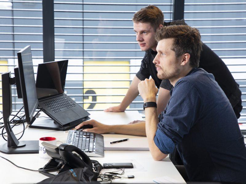 Blog | Vermijd een doolhof, maak een speurtocht: 5 tips voor de presentatie van online planning & control producten