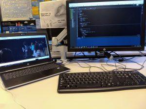Computerscherm en laptop van Mark van der Meulen